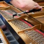 Dịch Vụ Lên Dây Đàn Piano Tại TP. HCM - Đức Trí Music