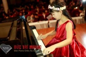 Đàn Piano Cho Bé Gái-03.jpg