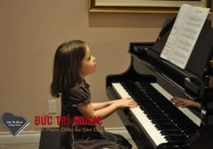 Đàn Piano Cho Bé Gái-11.jpg