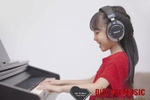 Đàn piano điện cho bé-04.jpg