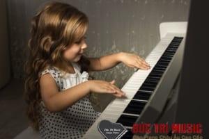 Đàn piano điện cho bé-05.jpg