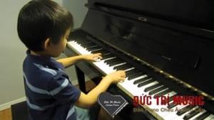 Đàn piano điện cho bé-08.jpg