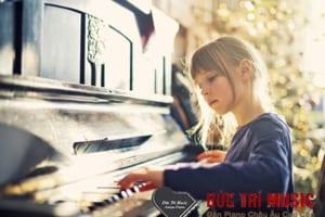 Đàn piano điện cho bé-10.jpg