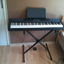 Nên mua đàn Piano cơ hay piano điện-4.jpg
