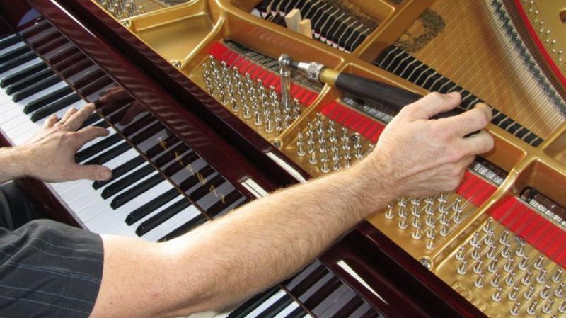 Nhận bảo dưỡng sửa chữa đàn piano cơ2.jpg